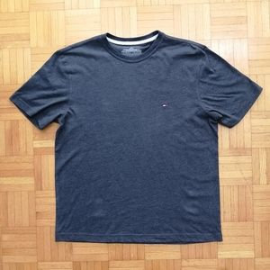 Tommy Hilfiger T-shirt Medium